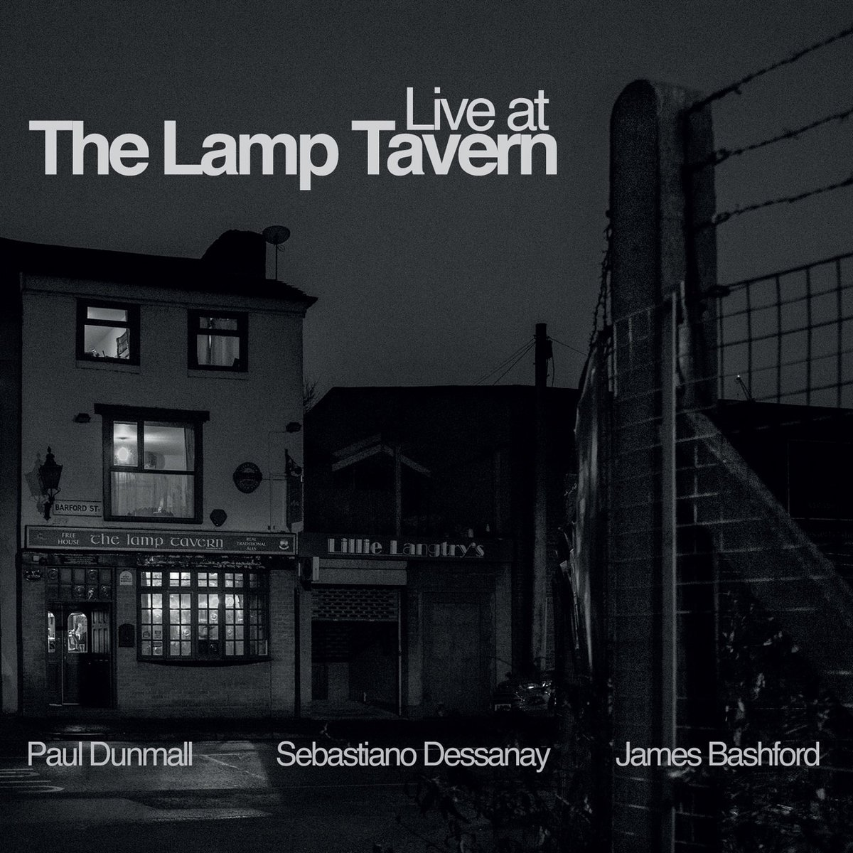 Live at The Lamp Tavern Sebastiano Dessanay